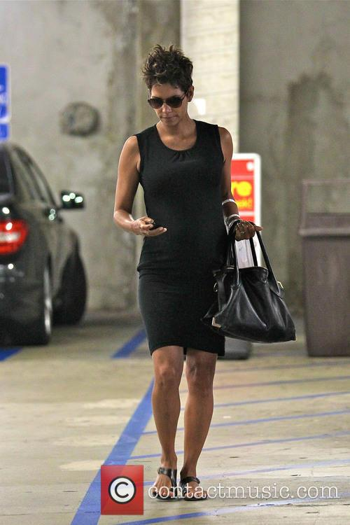 Halle Berry shops At CVS pharmacy in Beverly...