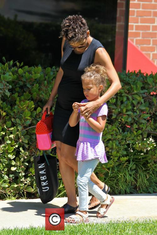Halle Berry and Nahla Aubry 1