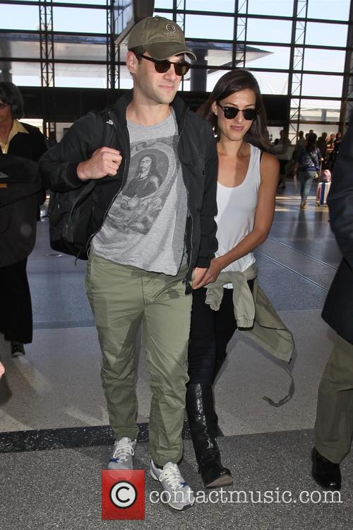 Justin Bartha, Mia Smith, LAX Airport
