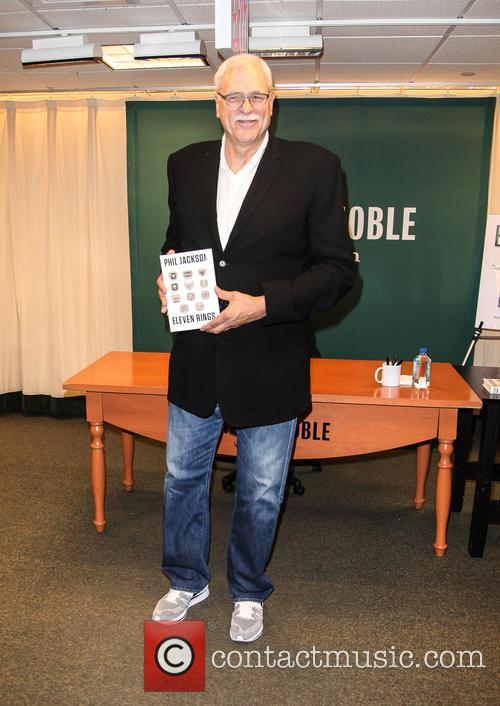 Phil Jackson signs copies of his new book...