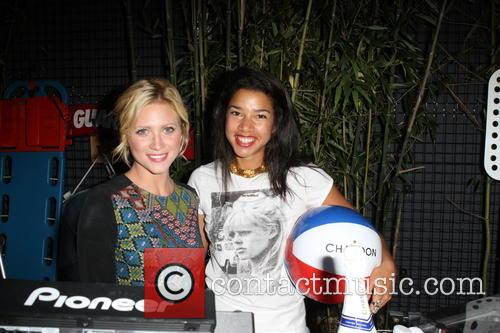 Brittany Snow and Hannah Bronfman 8