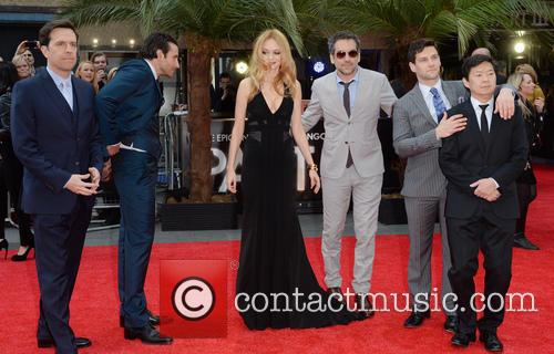 Ed Helms, Bradley Cooper, Heather Graham, Todd Phillips, Justin Bartha, Ken Jeong and Zach Galifianakis 5