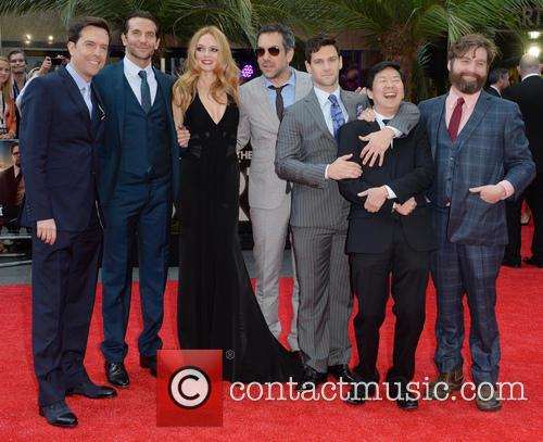 Ed Helms, Bradley Cooper, Heather Graham, Todd Phillips, Justin Bartha, Ken Jeong and Zach Galifianakis 1