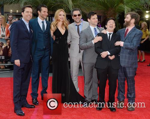Ed Helms, Bradley Cooper, Heather Graham, Todd Phillips, Justin Bartha, Ken Jeong and Zach Galifianakis 6