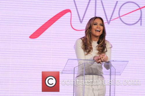 Jennifer Lopez and Marni Walden, Verizon Wireless Executive Vice President and COO, announce Viva Movil by Jennifer Lopez