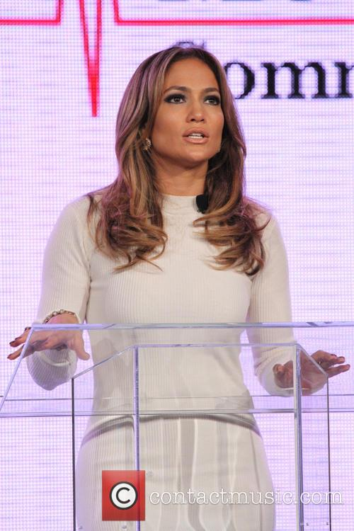 Jennifer Lopez and Marni Walden, Verizon Wireless Executive Vice President and COO, announce Viva Movil by Jennifer Lopez