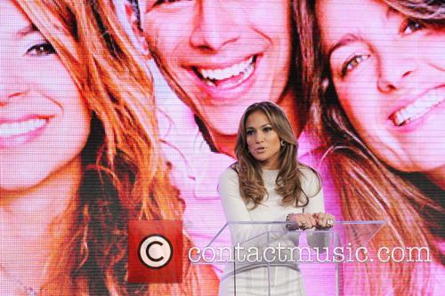 Jennifer Lopez 35