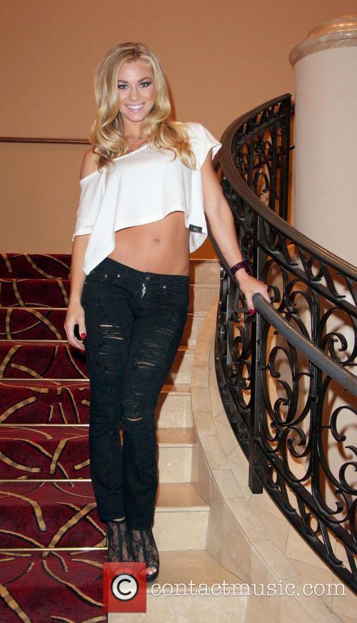 Nikki Leigh 9