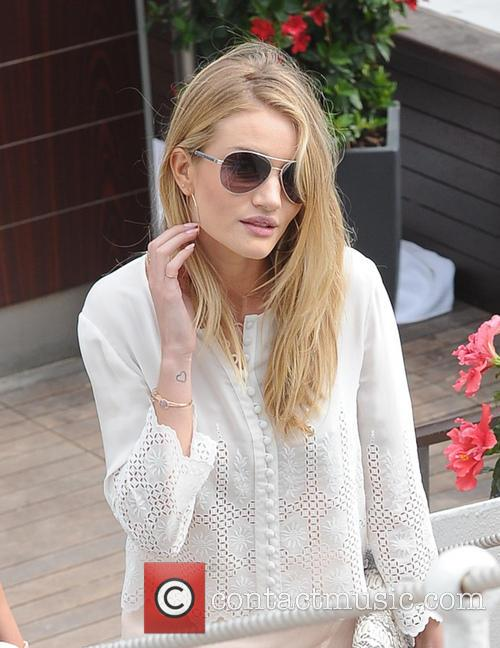 Rosie Huntington Whiteley 6