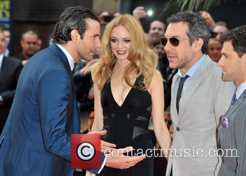 Bradley Cooper, Heather Graham and Todd Phillips 3