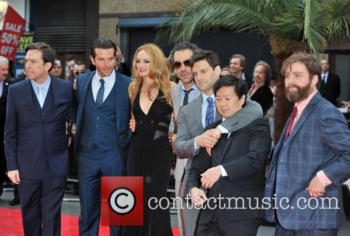 Ed Helms, Bradley Cooper, Heather Graham, Todd Phillips, Ken Jeong, Justin Bartha and Zach Galifianakis 11