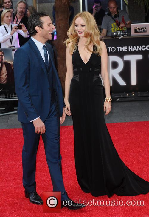 Bradley Cooper and Heather Graham 2