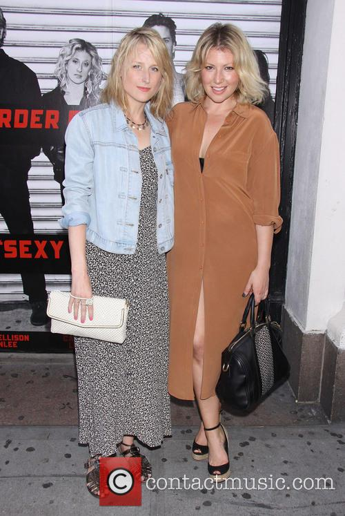 Mamie Gummer and Ari Graynor 2