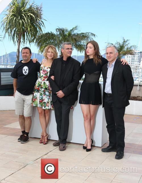 Lea Seydoux, Brahim Chioua, Abdellatif Kechiche, Vincent Maraval and Adele Exarchopoulos 9