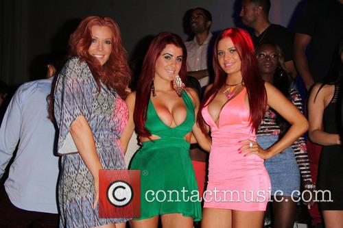 Carla Howe, Angelica Bridges and Melissa Howe 8