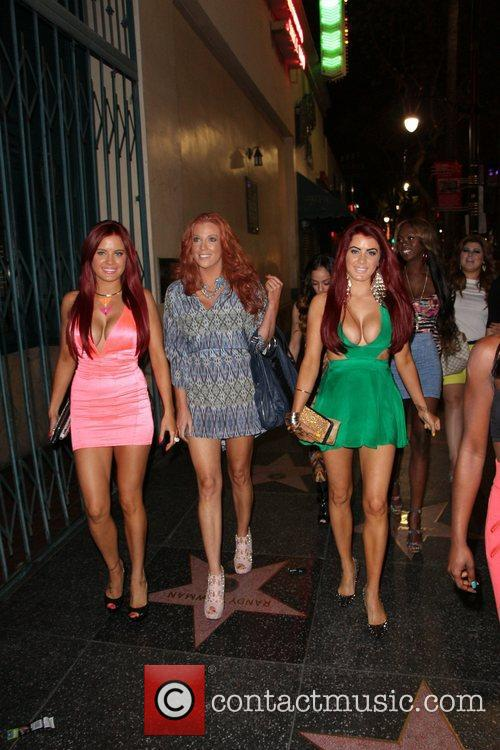 Carla Howe, Angelica Bridges and Melissa Howe 9