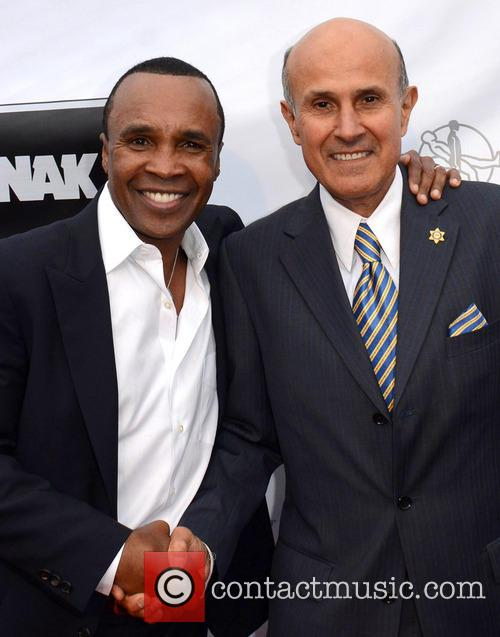 Sugar Ray Leonard and Sheriff Lee Baca 4