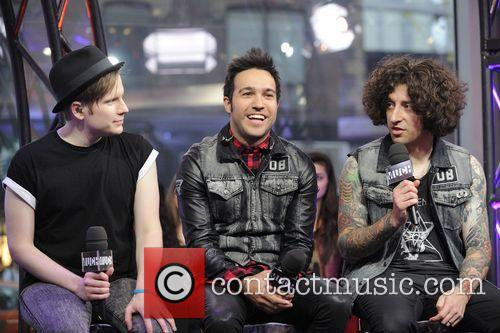 Patrick Stump, Peter Wentz and Joe Trohman 8