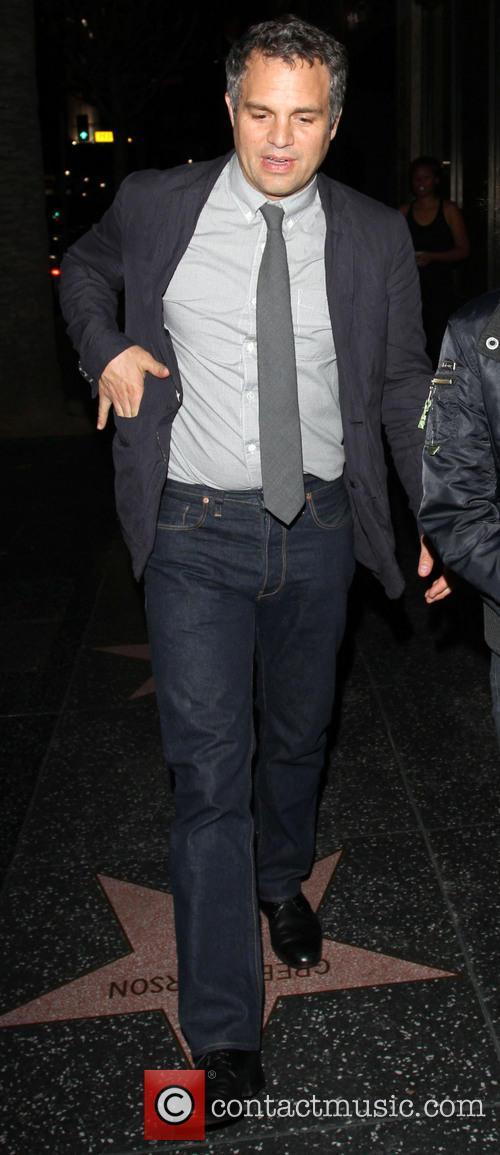 Mark Ruffalo leaves Katsuya restaurant