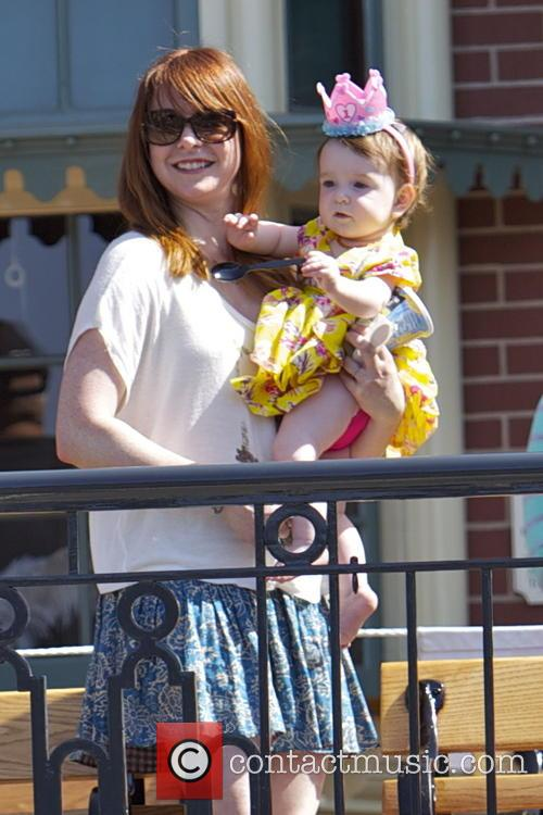 Alyson Hannigan, Keeva Jane Denisof, Disneyland