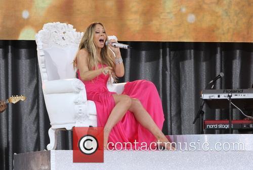 mariah carey mariah carey performing live on 3685937