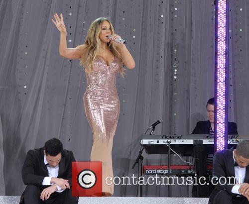 mariah carey mariah carey performing live on 3685954