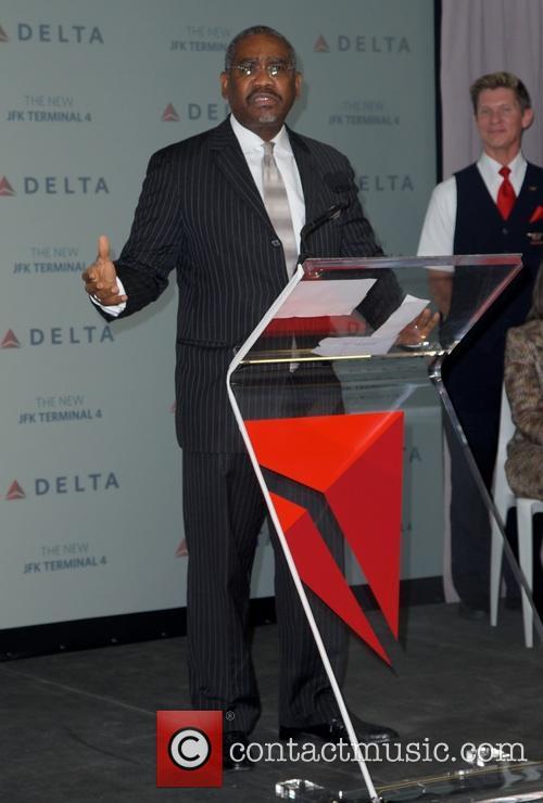 congressman meeks delta airlines new terminal 4 3686695