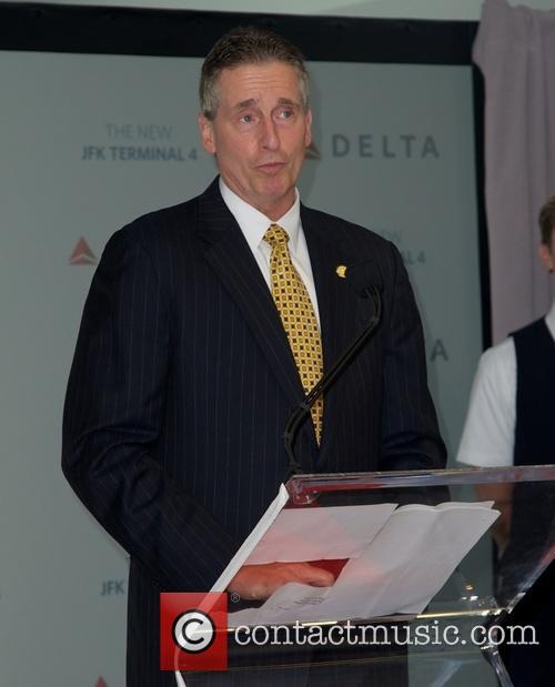 lt governor duffy delta airlines new terminal 3686693