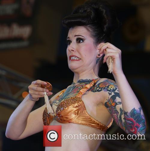 Tattoo and Beartix von Bourbon 13