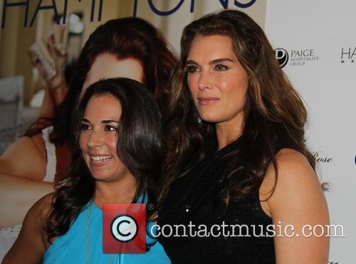 Samantha Yanks and Brooke Shields 2
