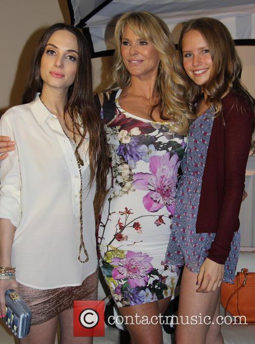 Alexa Ray Joel, Christie Brinkley and Sailor Cook 5