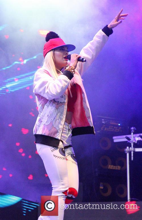 Rita Ora 75