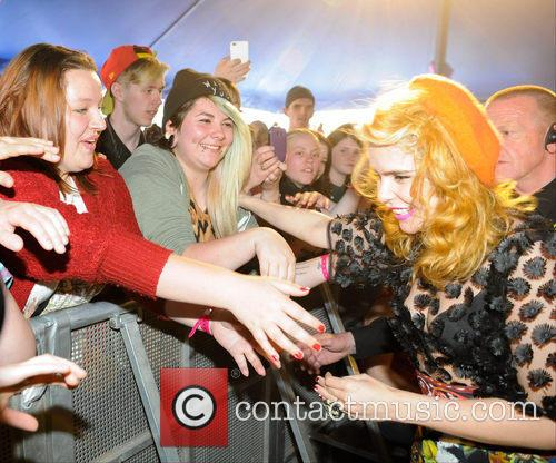 Paloma Faith and Atmosphere 6