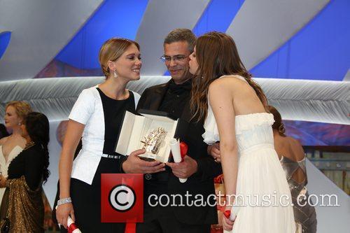 Abdellatif Kechiche, Lea Seydoux and Adele Exarchopoulos 5