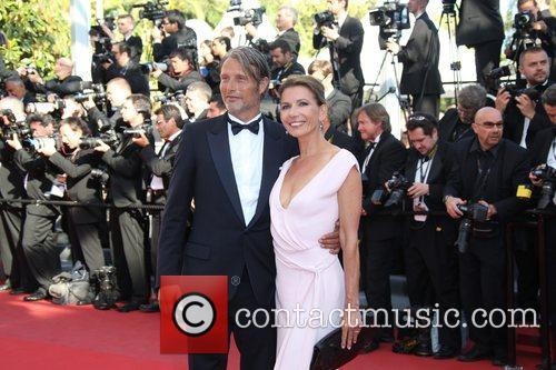 Mads Mikkelsen and Hanne Jacobsen 3