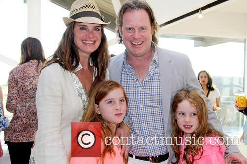 Brooke Shields, Chris Henchy, Grier Henchy and Rowan Henchy 4