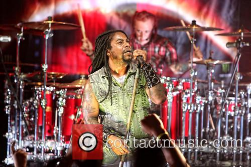 Sevendust and Lajon Witherspoon 5