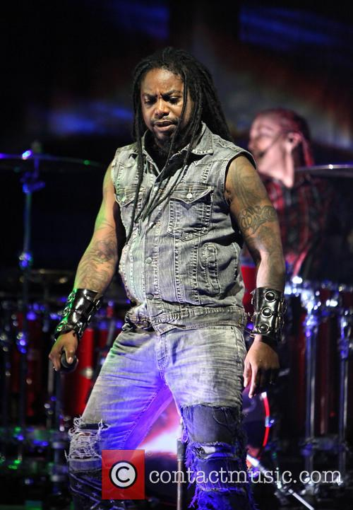 Sevendust and Lajon Witherspoon 7