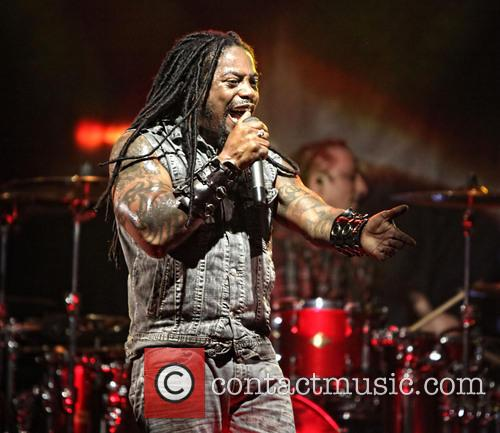 Sevendust and Lajon Witherspoon 11