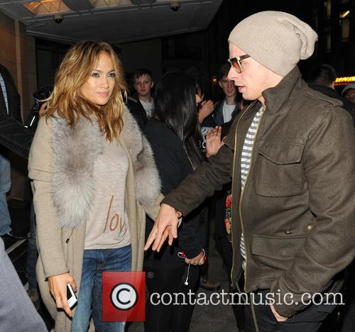 Jennifer Lopez and Casper Smart 1