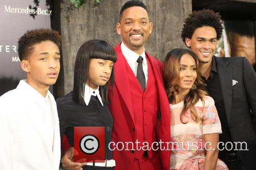 Jaden Smith, Willow Smith, Will Smith, Jada Pinkett-smith and Trey Smith 2