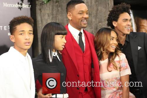 Jaden Smith, Willow Smith, Will Smith, Jada Pinkett-smith and Trey Smith 11