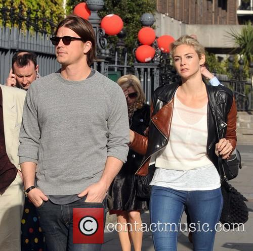 Josh Hartnett and Tamsin Egerton 11