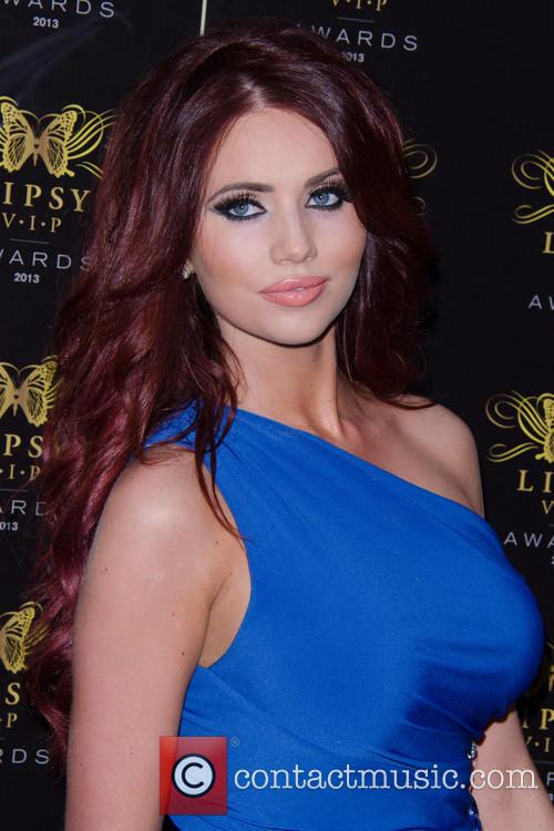 Amy Childs 19