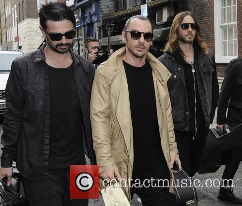30 Seconds to Mars busk in Soho Square