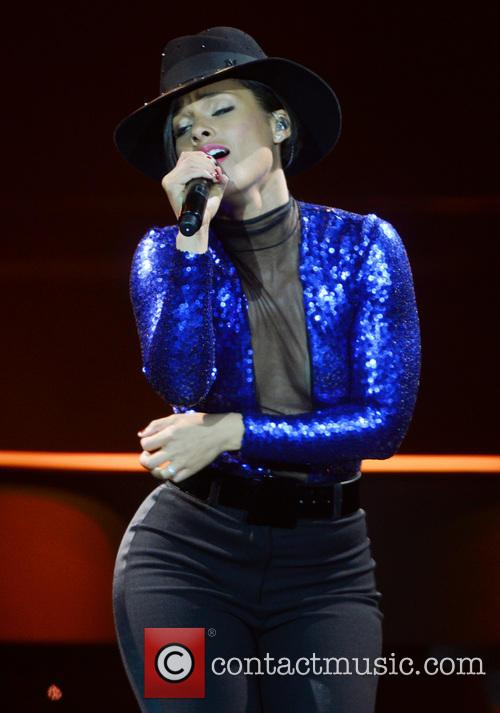Alicia Keys performs live at The O2 Arena