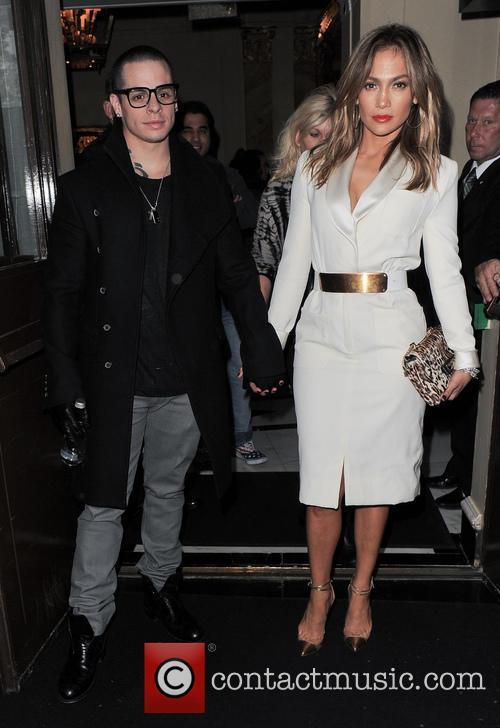 Jennifer Lopez and Casper Smart 6