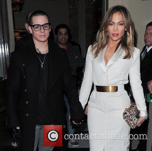 Jennifer Lopez and Casper Smart 8