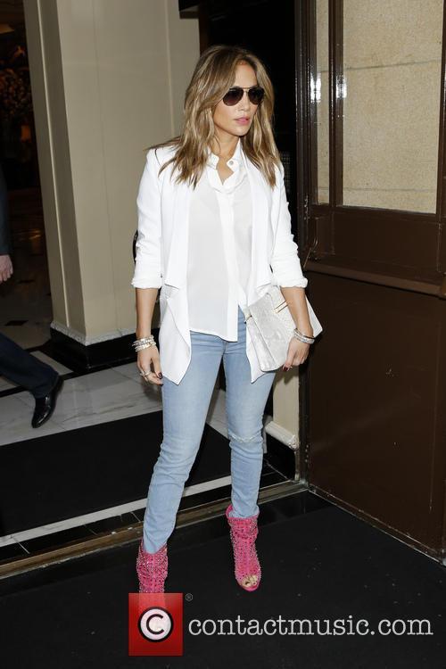 Jennifer Lopez leaving her hotel in central London