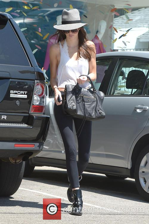 Kendall Jenner salon